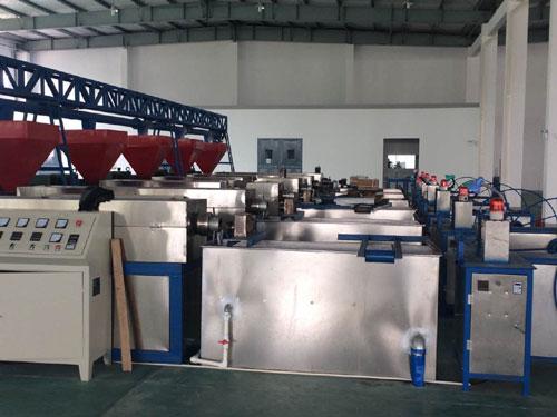 排水板机械